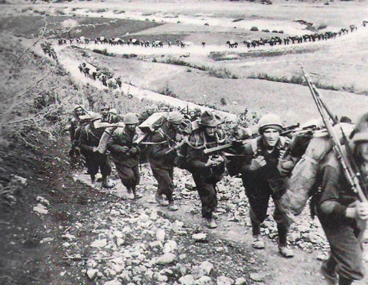 Italian troops entering Greece